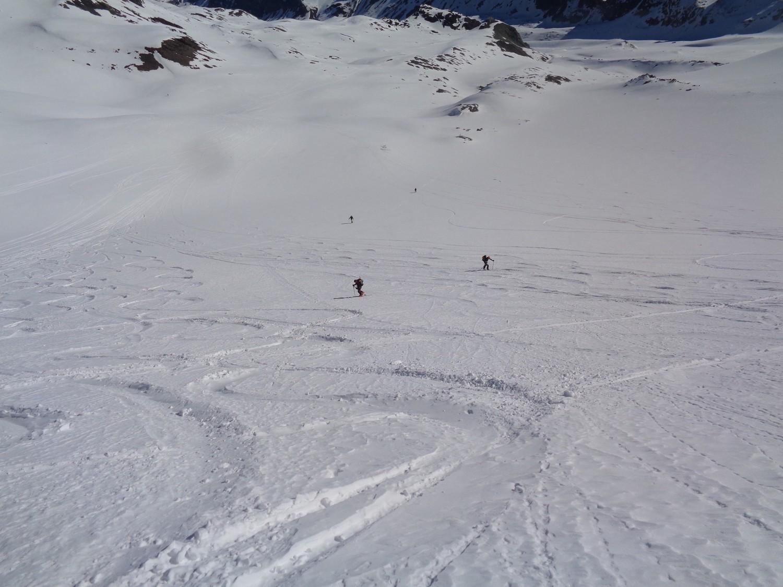 La bella neve che ci aspetterà in discesa, mentre saliamo al Col de Cheilon