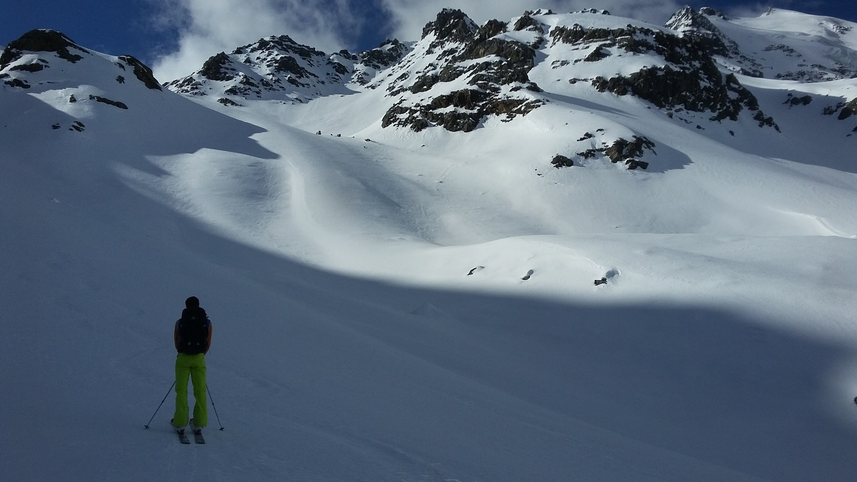 Ottima sciata sui pendii al sole