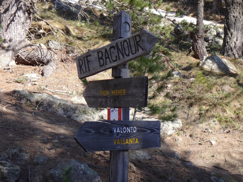 Vers Bagnour