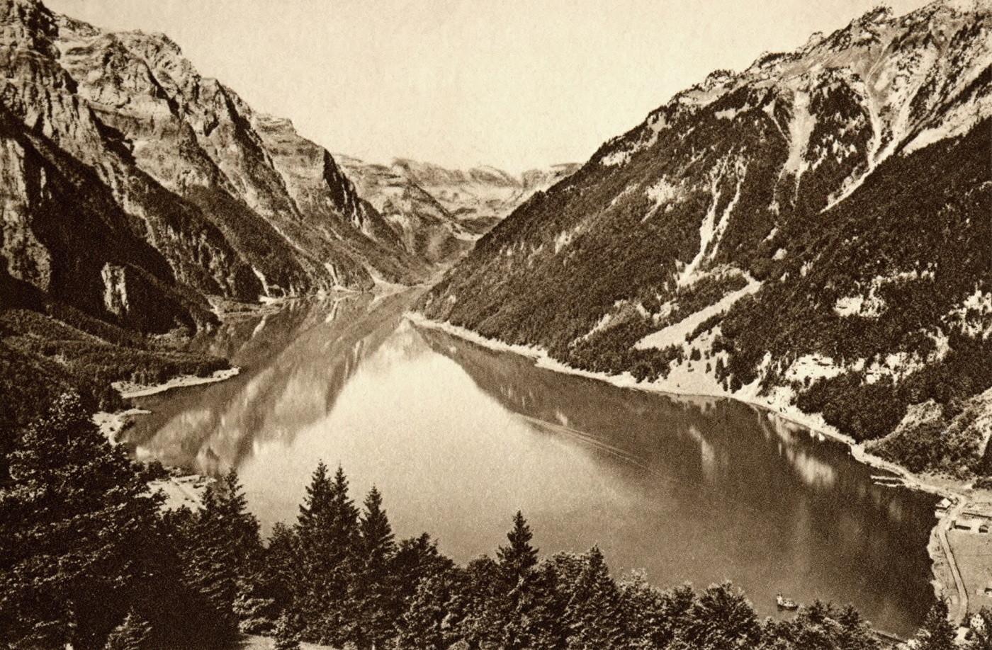 Lac de Klöntal