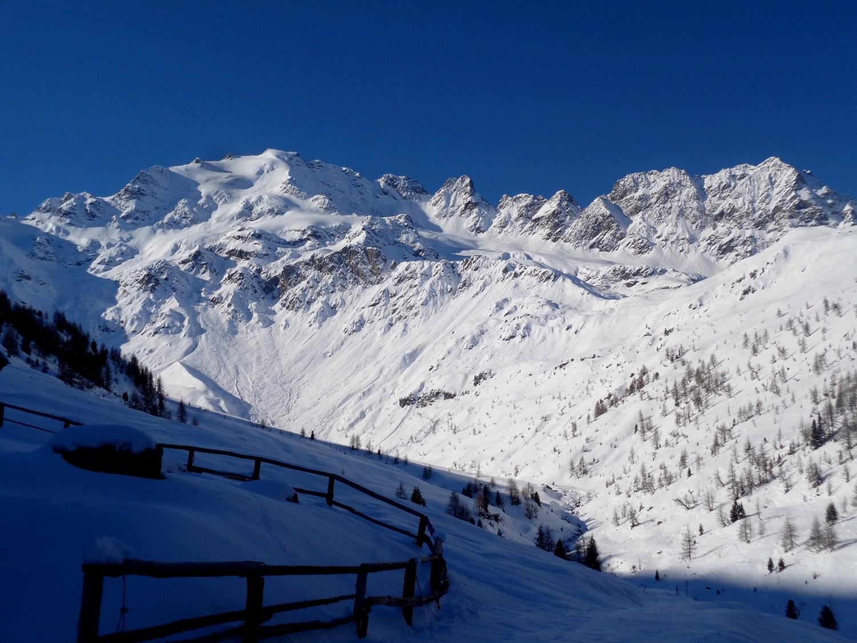 All'Alpe Borron, la Piazzi si mostra in tutto il suo splendore