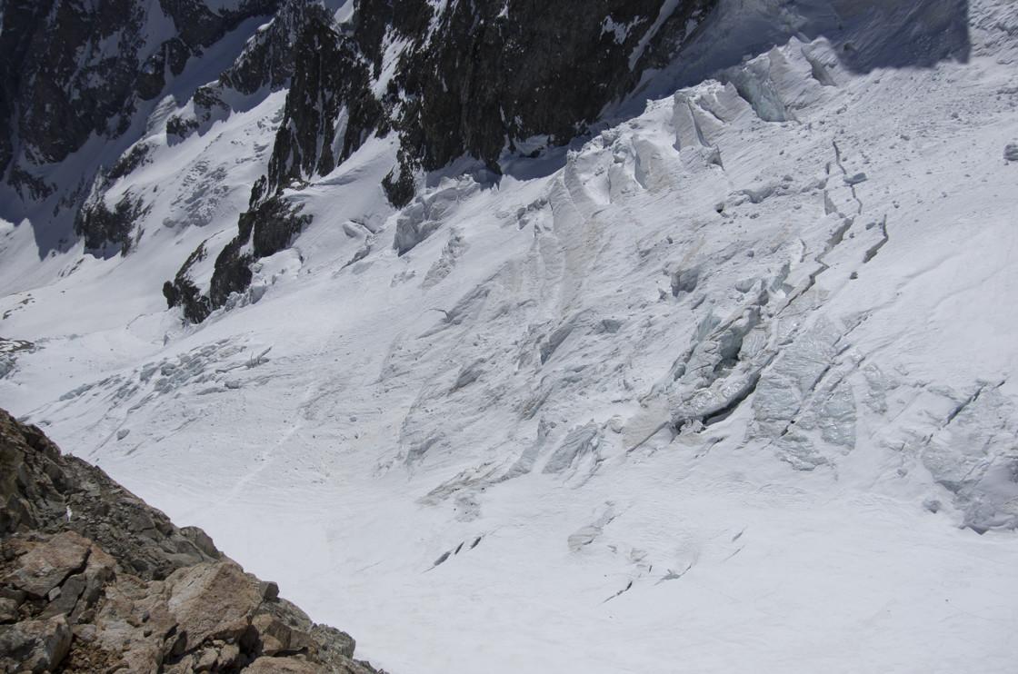 Vue plongeante sur le Glacier de l'Homme