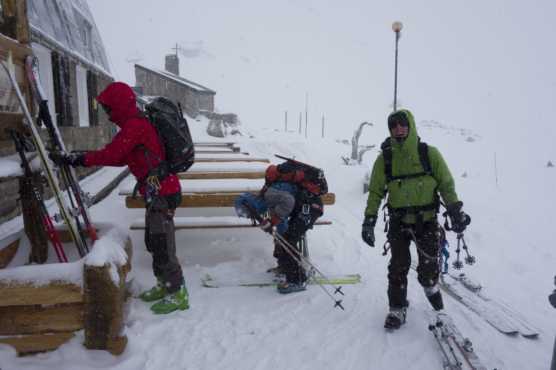 refuge VE II, sous la neige...
