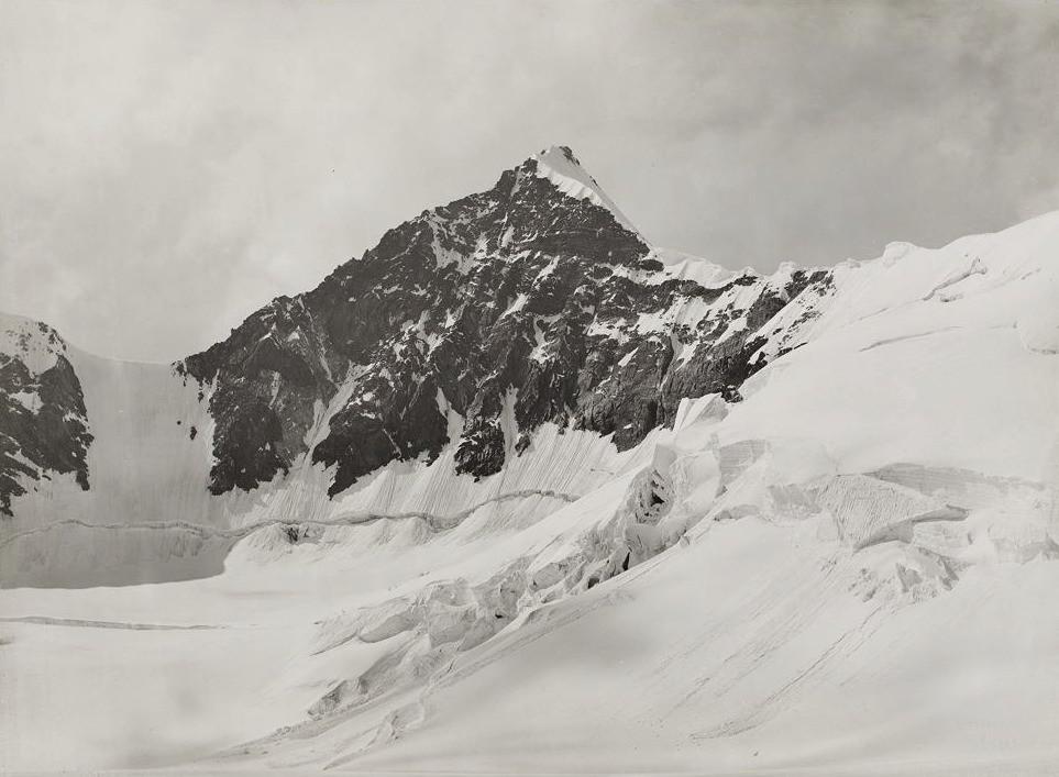 Lyskamm, from the Lys-gloria par Vittorio Sella en 1890