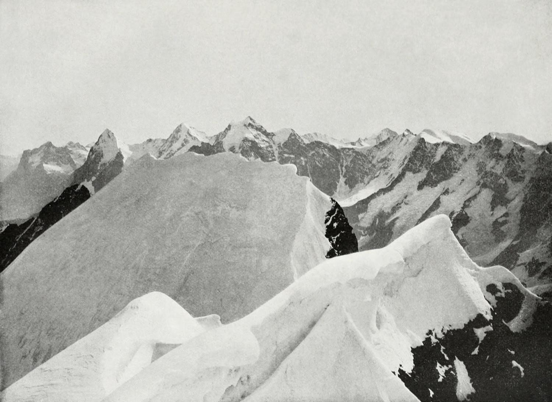 Sommet de la Blümlisalp, Wetterhorn, Eiger, Mönch, Jungfrau, par Vittorio Sella