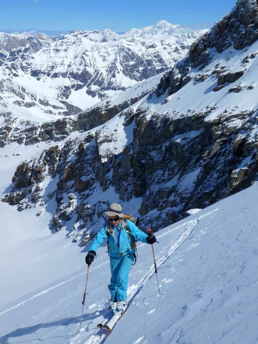 Montée à la Levanna sous l'oeil du Mont Blanc