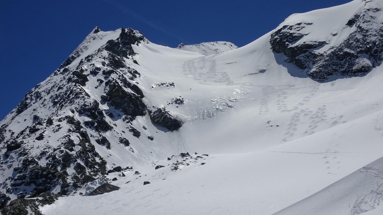 Le glacier du Grand Col après notre descente. On aperçoit le sommet derrière.