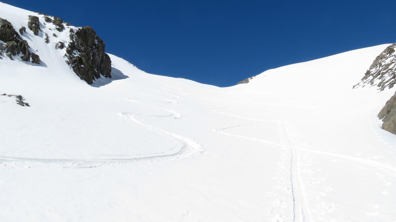 Du bon ski pour ceux qui descendent tôt ici