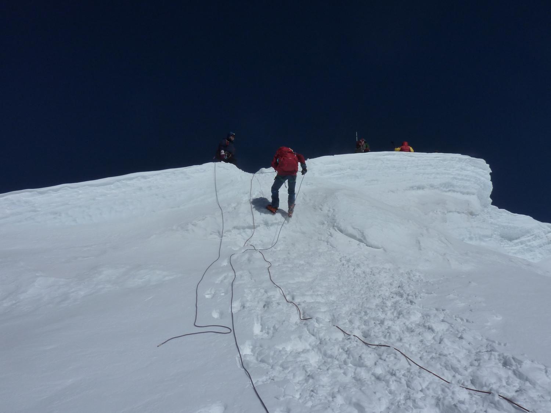 Sous le sommet du Mera Peak, le petit mur de cette année