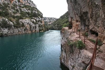 Les basses gorges du Verdon (crédit photo : provence-guide.net)