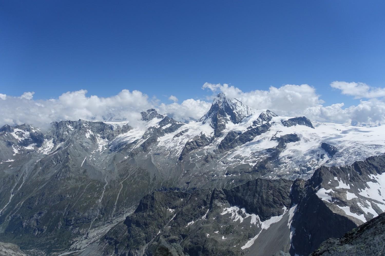 la vue panoramique depuis le sommet