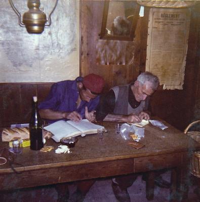 Le gardien Louis Dumoulin et Marcel Demont en 1959, on notera la lampe à huile
